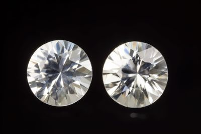 Zircon White 6.5mm Round Pair (N)