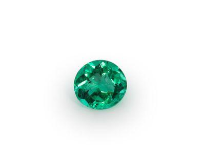 Emerald 4.5x4.2 Oval [E]