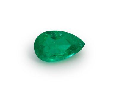 Emerald 6.9x4.2mm Pear (E)