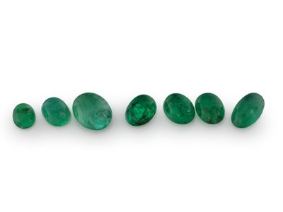 Emerald Assort Oval Cabochon (E)