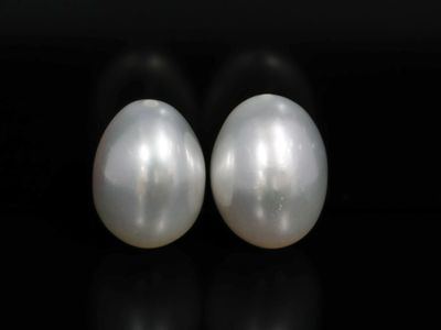 FW Pearl White 9.5-10mm Drops (C)