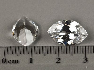 Synthetic White Spinel 15x10mm Marquise (S)