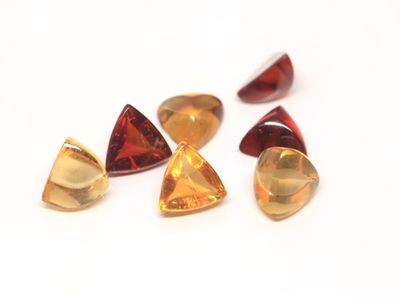 Citrine 6mm Trilliant Cab (E)