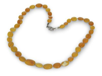 Butter Amber Graduated 9x7-15x10mm Oval Flat Beads w G/Plate Clasp