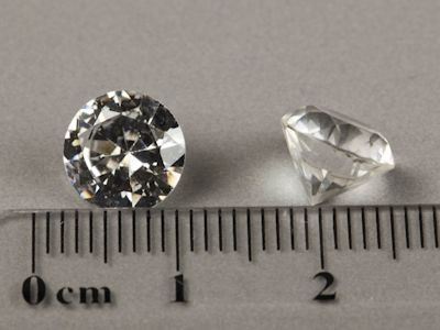 Syn White Spinel 8.5mm Round (S)