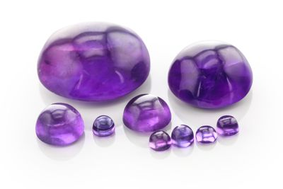 Amethyst 14mm Round Cabochon Mid-to-Strong Colour (N)