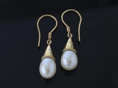 9ct YG 13x9mm F/W pearl drop Earrings