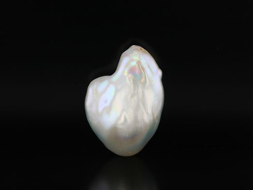 Pearl F/W Baroque White 26.5x19mm Freefrom H/D (C)