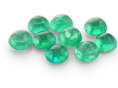 Emerald 4.50mm+/- Round Cabochon (E)
