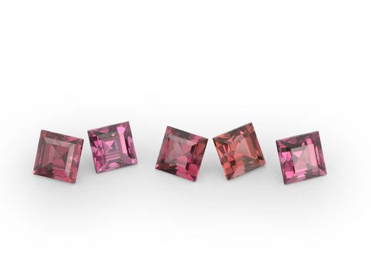 Signity Raspbery Rhodolite 2.5mm Square Carre (N)
