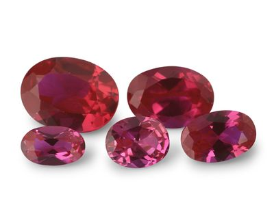 Syn Ruby Pink 10x8mm Oval (S)