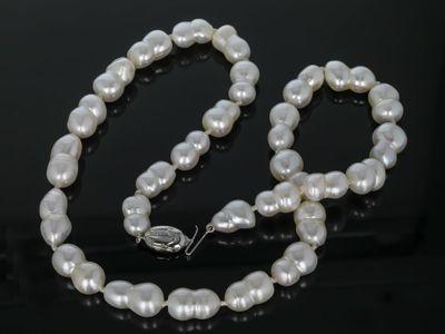 F/W Pearls White Peanut 14x8mm w S/S Tulip Clasp