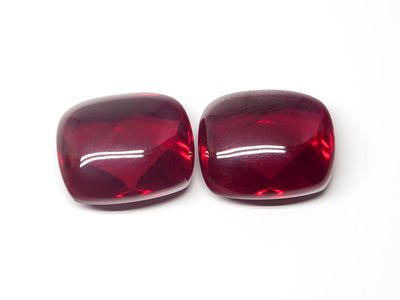 Ruby Syn Dark Red Buff-Top 12x10mm Cushion (S)
