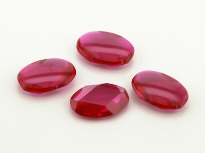 Ruby Syn Pink Red Buff-Top 12x8mm Oval (S)