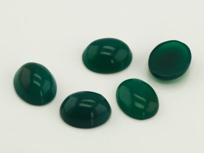 Dyed Green Agate 10x8mm Oval Cabochon (T)