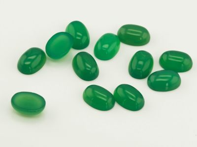 Dyed Green Agate 7x5mm Oval Cab (T)