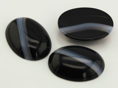 Black & White Agate Banded 20x15mm Oval Cabochon (N)