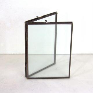 Freestanding 2 Pane Frame, Antique Brass, 7 x 8