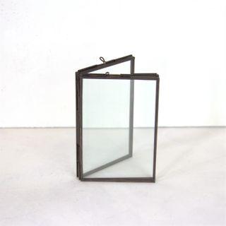 Freestanding 2 Pane Frame, Antique Brass, 6 x 4