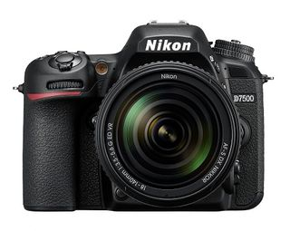 NIKON D7500 DSLR WITH AF-S 18-140MM VR LENS