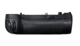 NIKON MB-D18 MULTI BATTERY POWER PACK FOR D850