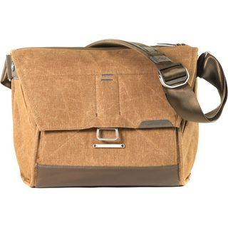 PEAK DESIGN 13 EVERYDAY MESSENGER TAN