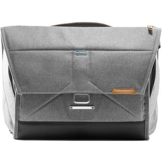 PEAK DESIGN 15 EVERYDAY MESSENGER ASH