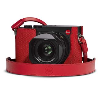 LEICA Q2 PROTECTOR RED