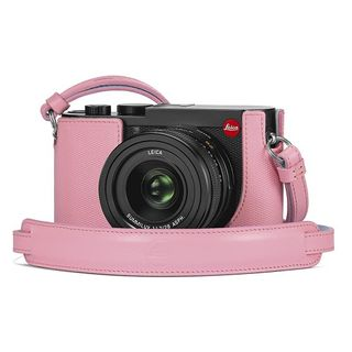 LEICA Q2 PROTECTOR PINK