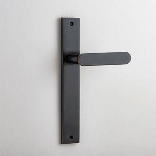 DOOR LEVER BRONTE ON PLATE LATCH AC