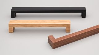 KETHY BENCH HANDLE 20MM WIDE 128MM OAK