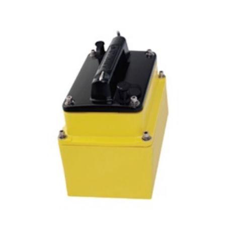 Raymarine M265 1kW CHIRP In-Hull Transducer
