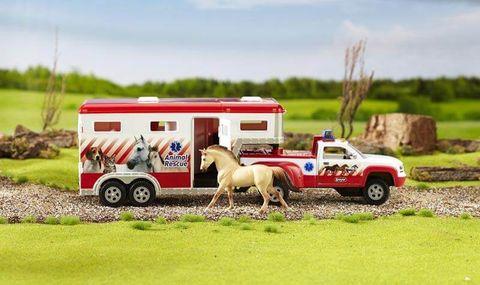 Stablemates Rescue Truck & Gooseneck - TBS5352