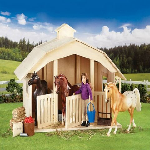 Classics West Wind Stables - TBC701