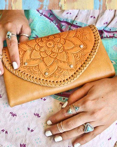 Women's Sahara Wallet - SAHARA