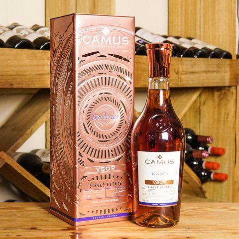 Cognac VSOP Borderies (in Gift Tin) 700ml
