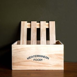 WOODEN GIFT CRATE SMALL