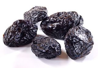PRUNES PITTED 1kg BAG