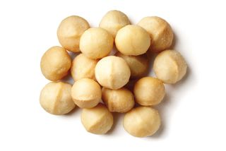NUTS MACADAMIA RAW PIECES 1KG BAG