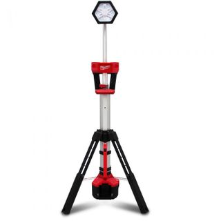 M18 DUAL POWER STAND LIGHT 2000 LUM SKIN