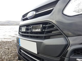 Ford Transit Custom (2012+) - Grille Mount Kit (includes: 2x Triple-R 750 Std)
