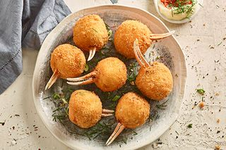 """Crumbed Seafood Claws """"Markwell"""" 20x50gm"""