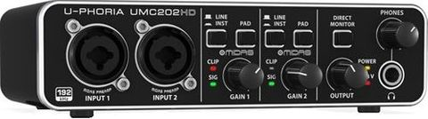Behringer UMC202HD Interface