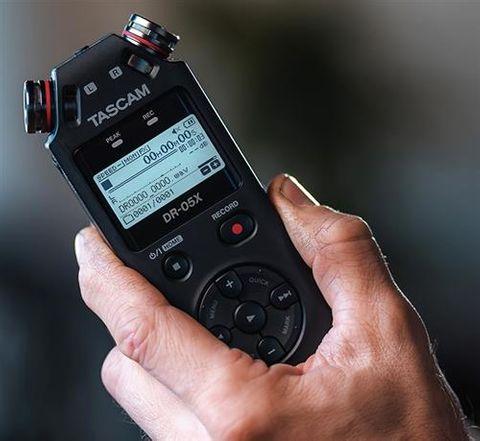 Tascam DR05X 2Ch Linear PCM Recorder