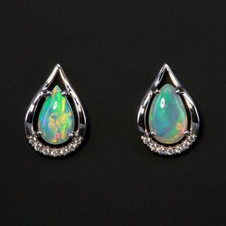 18K White Gold Light Opal Earrings