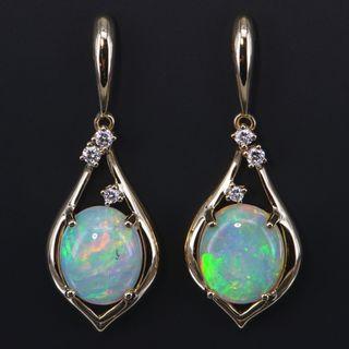 18K Yellow Gold Light Opal Earrings