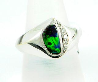 18K White Gold Boulder Opal Ring