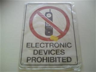 Prohibition Sign  - Elec Devices Prohibi