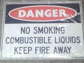 Sign - Danger Combustible Lqd - Poly
