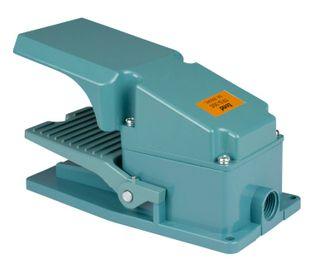 Foot Switch Metal 240V 10A C/W 2 N/O 2 N/C